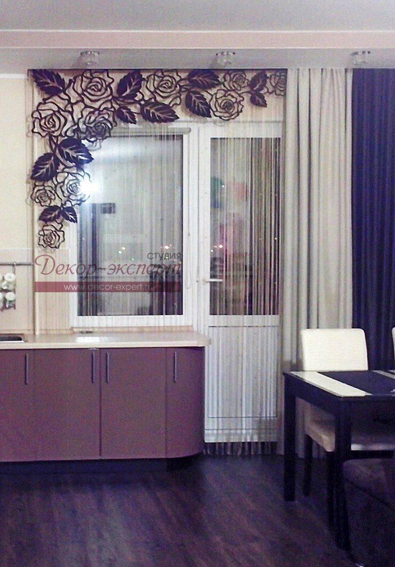 Ламбрекены в зал (62 фото): модный дизайн и новинки 2021, жесткие и другие виды в гостиную, из вуали и ажурные розово-красные