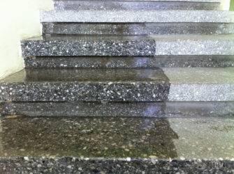 Выбор, свойства и применение лака с эффектом мокрого камня