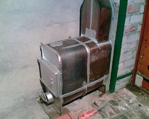 Как сделать печь-буржуйку для гаража своими руками