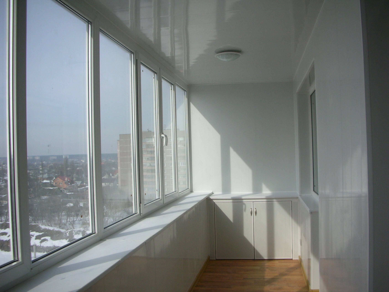 Остекление балкона своими руками - 2 варианта, инструкции!