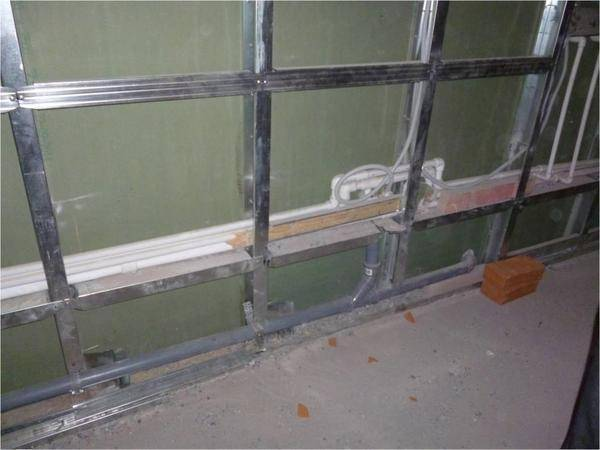 Выравнивание стен гипсокартоном в ванной под плитку без каркаса: видео