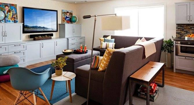 На какой высоте вешать телевизор на кухне: расчет, рекомендации