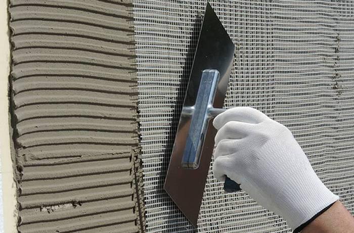 Штукатурная сетка из стекловолокна: стекловолокнистые и стеклопластиковые варианты, чем крепят сетку для штукатурки стен