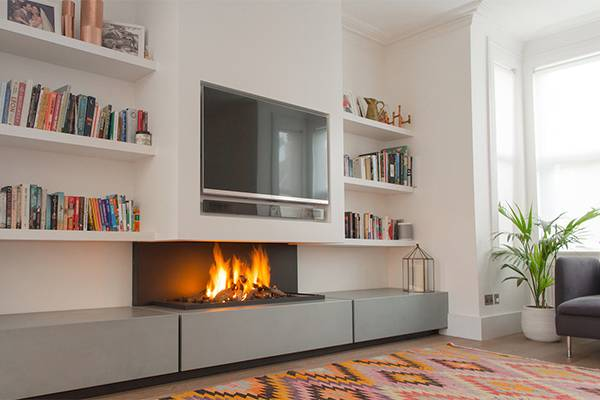 Телевизор над камином (47 фото): декоративный электрокамин на одной стене с тв в интерьере гостиной и зала