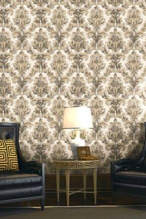 Обои (134 фото): стильные модели для стен в комнату, виды для дома и в квартиру, их характеристики и шикарные примеры в интерьере