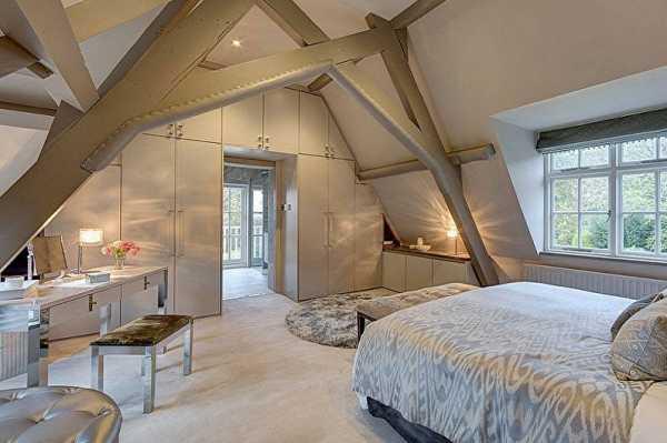 Дизайн спальни на мансарде: почему она стоит того (40 фото)