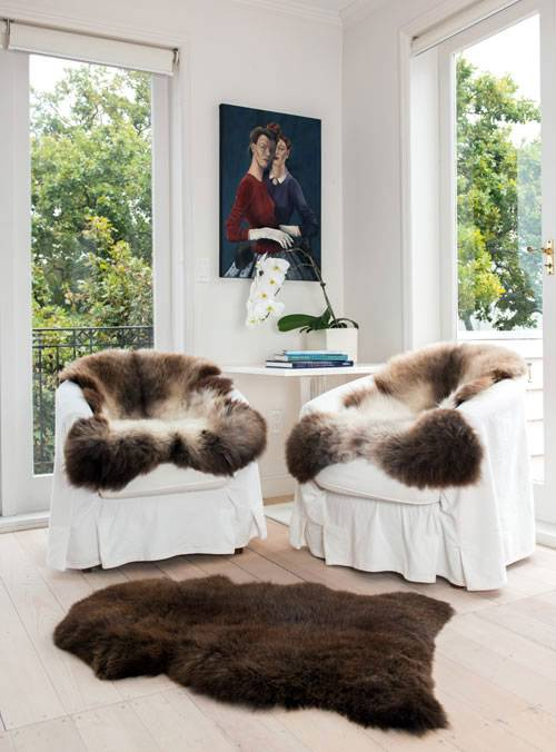 Дизайнерские идеи для кухни: принты аnimal в оформлении стен, мебели, в деталях декора разных стилей