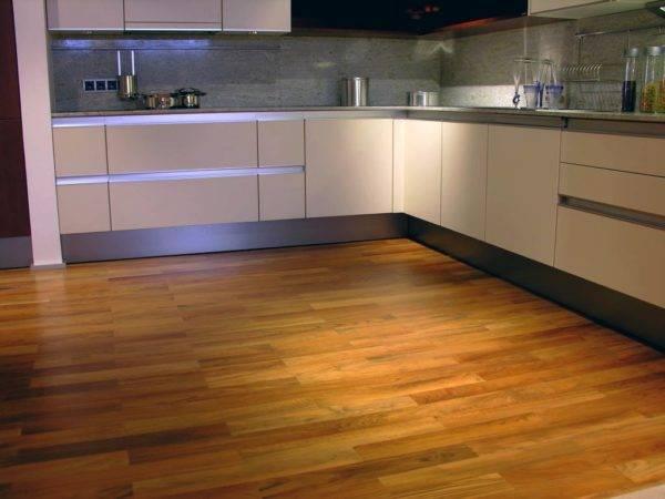 Пол на кухне — интересные варианты применения современных видов напольного покрытия (95 фото)