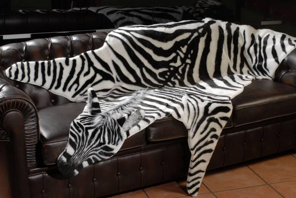 Ковры с изображением животных: модели ссср с рисунком в виде оленей и панды
