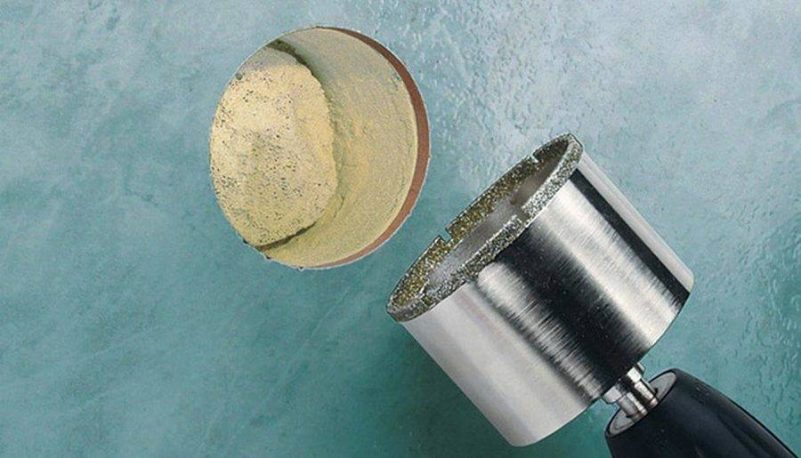 Каким сверлом сверлить кафельную плитку, чтобы она не треснула