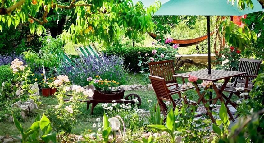 Обустройство зоны отдыха на даче - простые и стильные варианты оформления рекреационной зоны (185 фото)