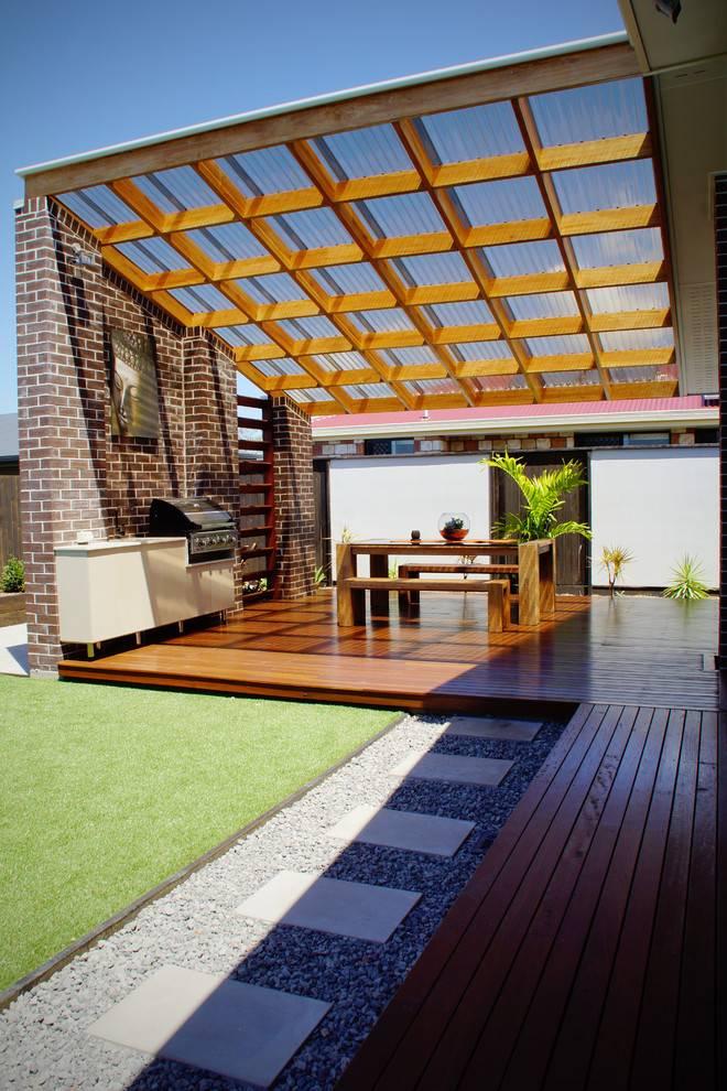 Веранда из поликарбоната: фото, как пристроить к дому