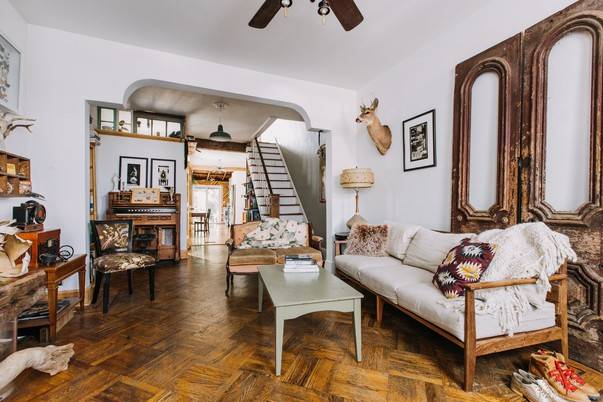 Из моды никогда не выйдет – классический интерьер квартиры: обзор +видео