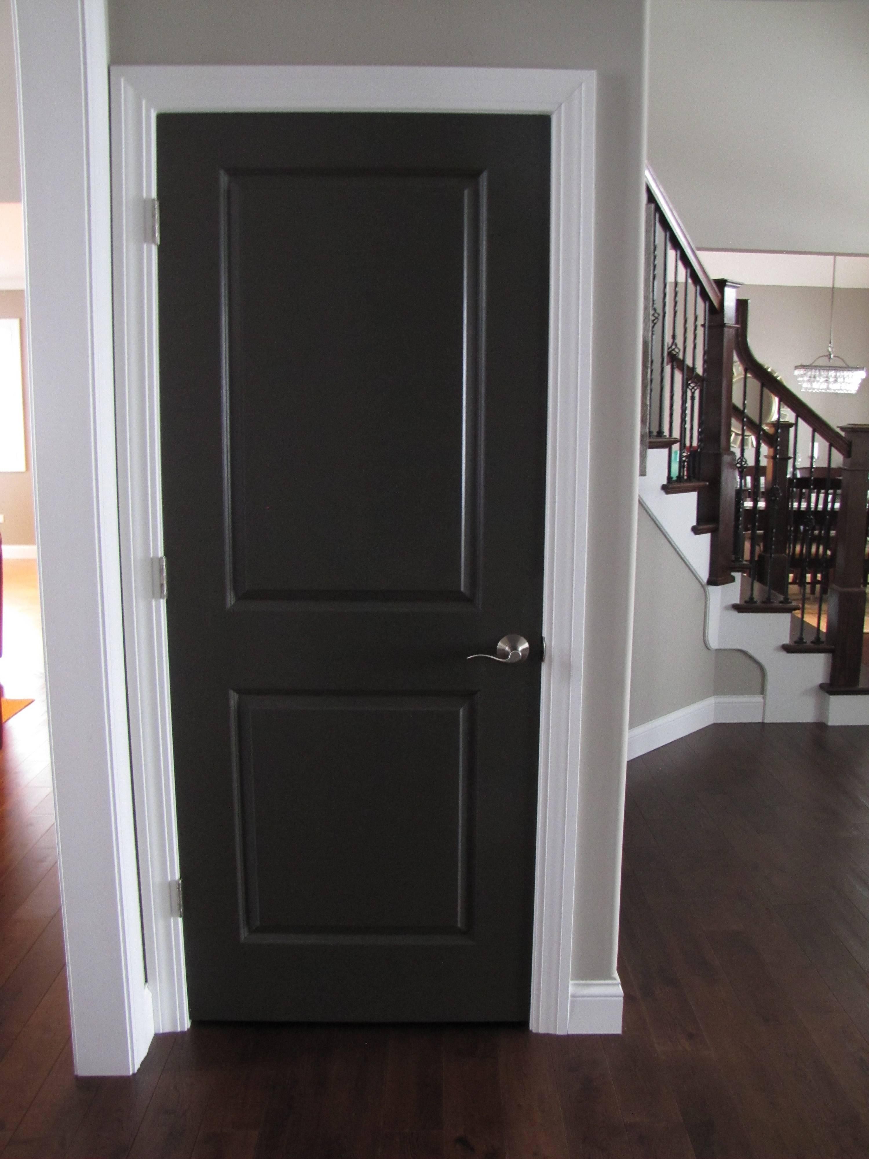 Дверь венге: какой пол подходит к межкомнатным изделиям