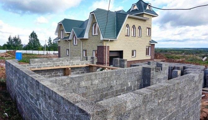Особенности строительства энергоэффективных домов с несъемной опалубкой