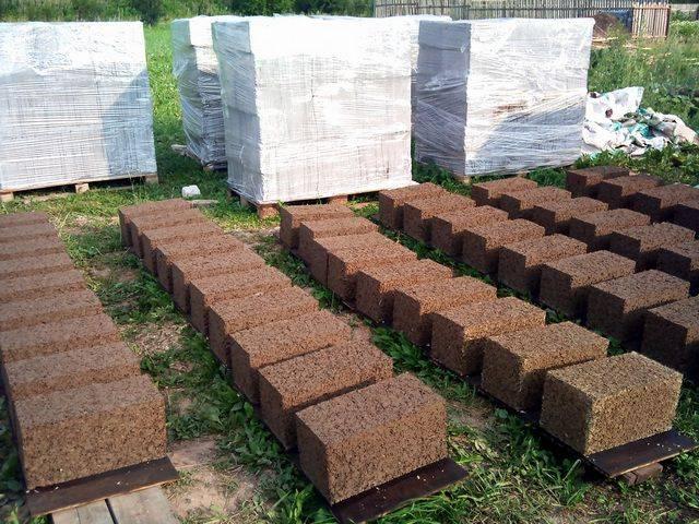 Арболитовые блоки для строительства дома своими руками: Как сделать правильно?