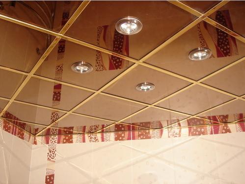 Потолок в ванной комнате — фото вариантов, достоинства и недостатки