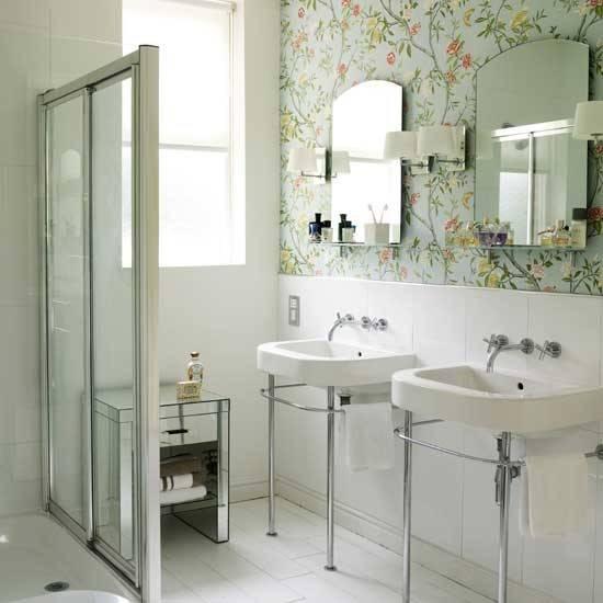 Обои для ванной комнаты — виды, плюсы и минусы (фото, видео)