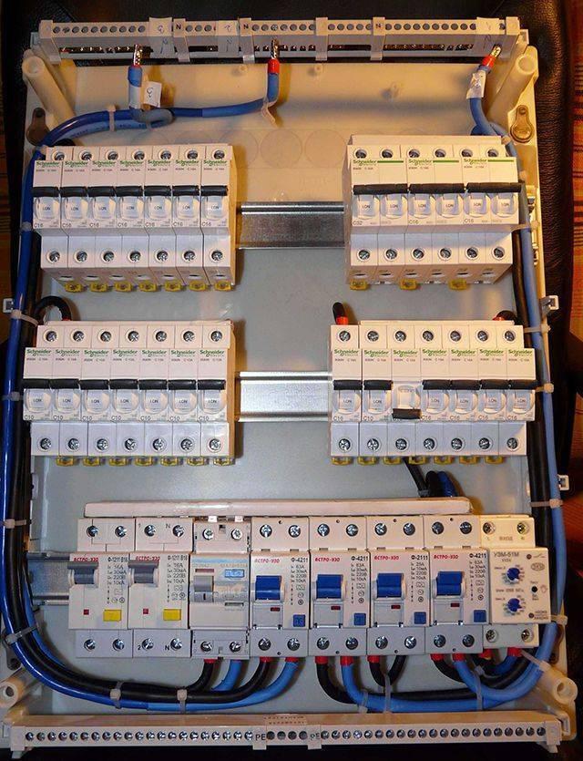 Схема подключения выключателя в коробке - tokzamer.ru