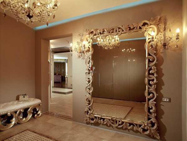 Напольные зеркала: примеры дизайна (71 фото): зеркала в деревянной раме на колесиках, подставке и на ножках, изделия кованые своими руками