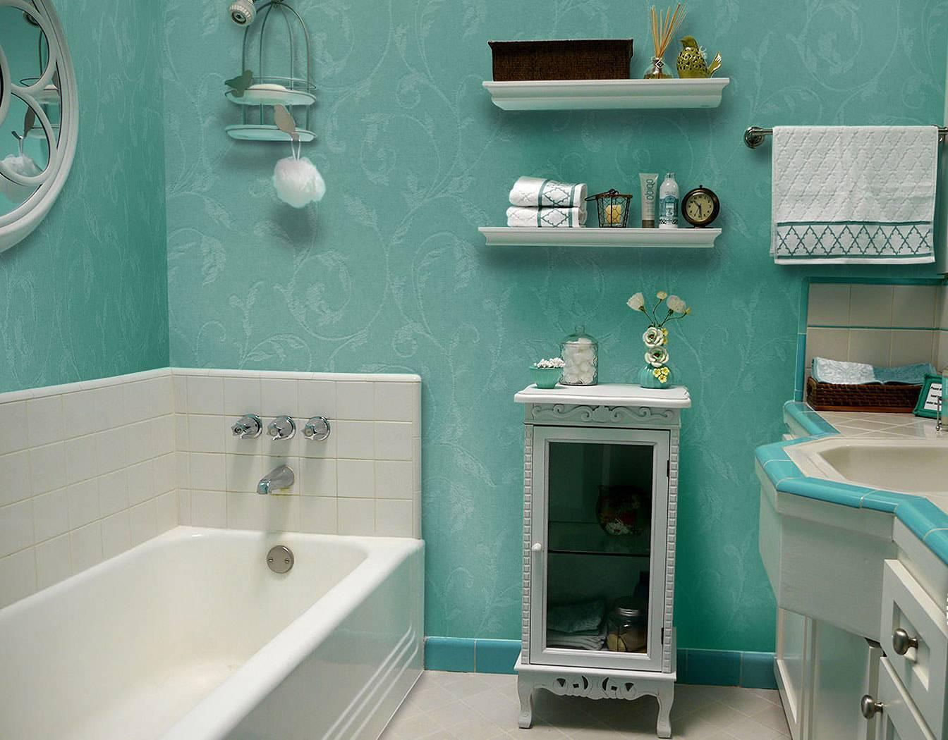Обои для ванной комнаты (65 фото): влагостойкие и моющиеся, самоклеющиеся и термостойкие модели, какие можно клеить в санузле, отзывы