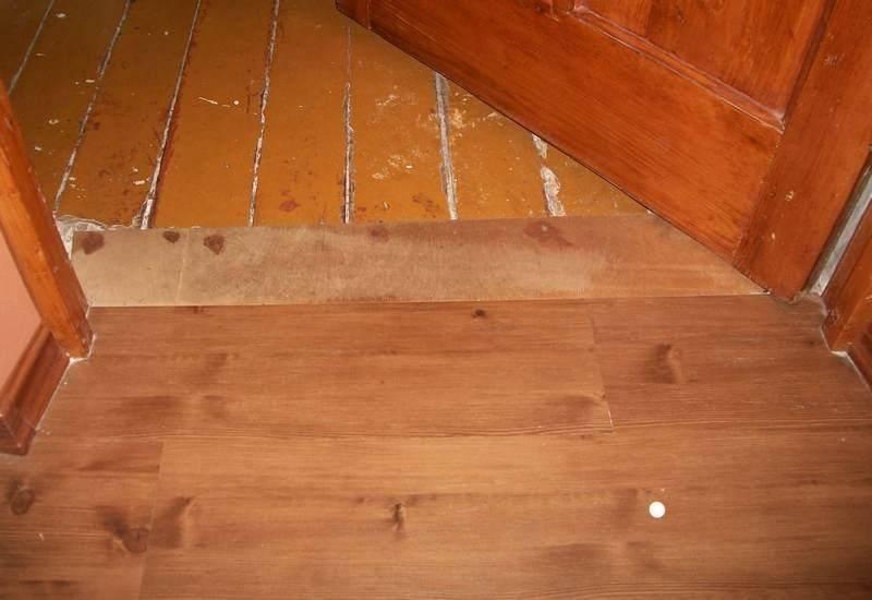 Укладка дсп на пол: толщина, можно ли стелить на деревянный пол с пазами, какая подложка лучше, фото и видео