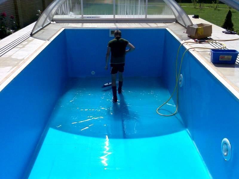 Как очистить воду в бассейне на даче? фильтр и пылесос для ухода и очистки домашнего бассейна