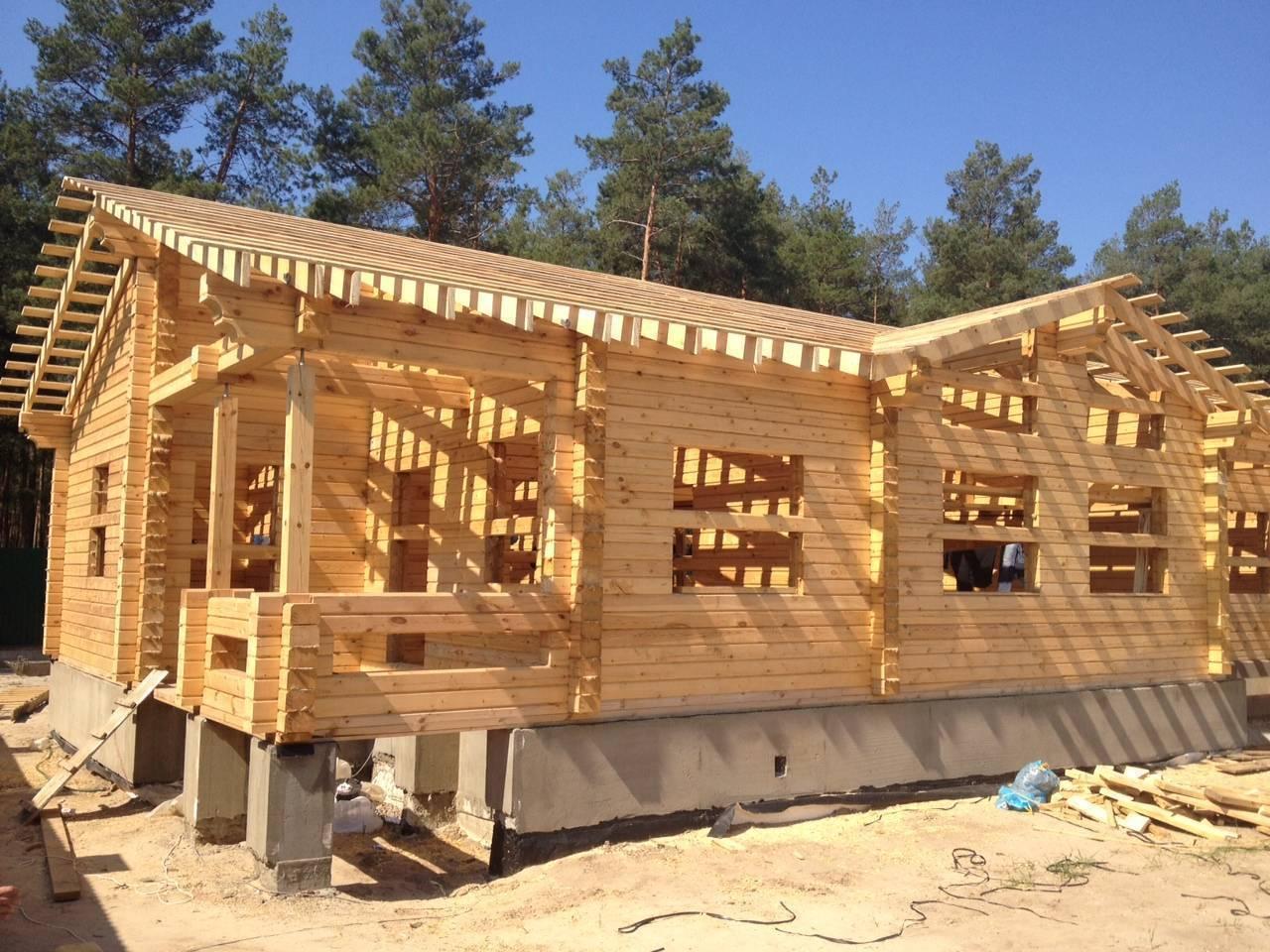 Тонкости строительства домов из бруса