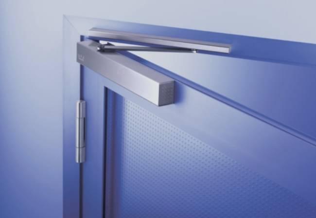 Установить дверной доводчик самостоятельно — это просто!
