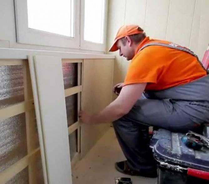 Обшивка стен дома пластиковыми панелями своими руками: под кирпич, камень, без обрешётки и так далее + видео