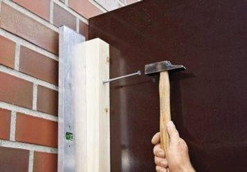 Какие выбрать крепежи для полок, чтобы повесить их на стену