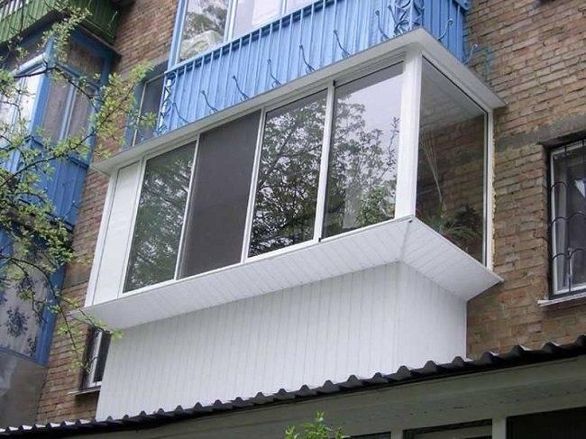 Как расширить балкон: где получить разрешение, какую конструкцию выбрать, как снизить затраты