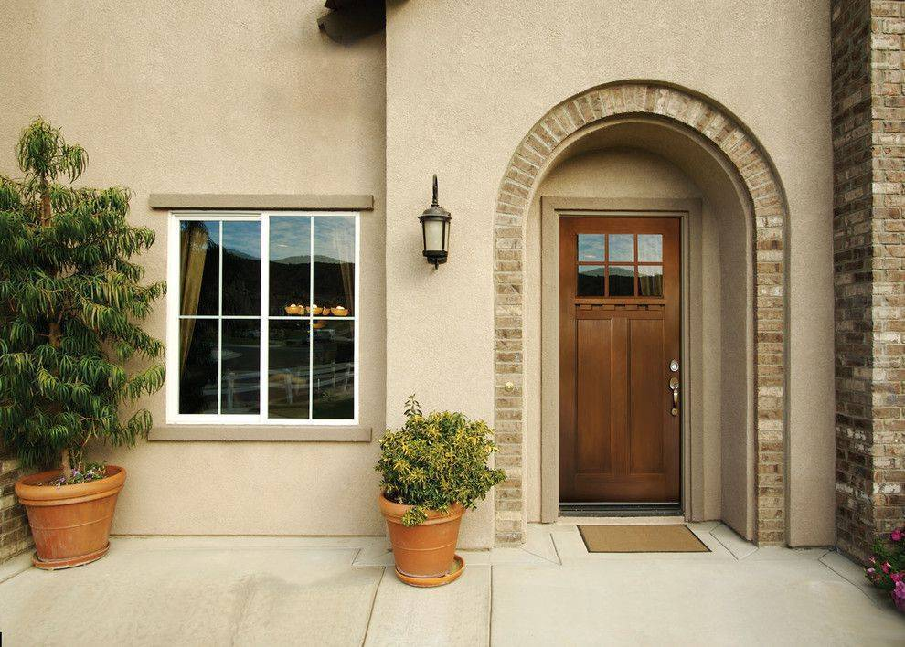 Входные, пластиковые двери в частный дом – входная группа из пластика и металлопластика