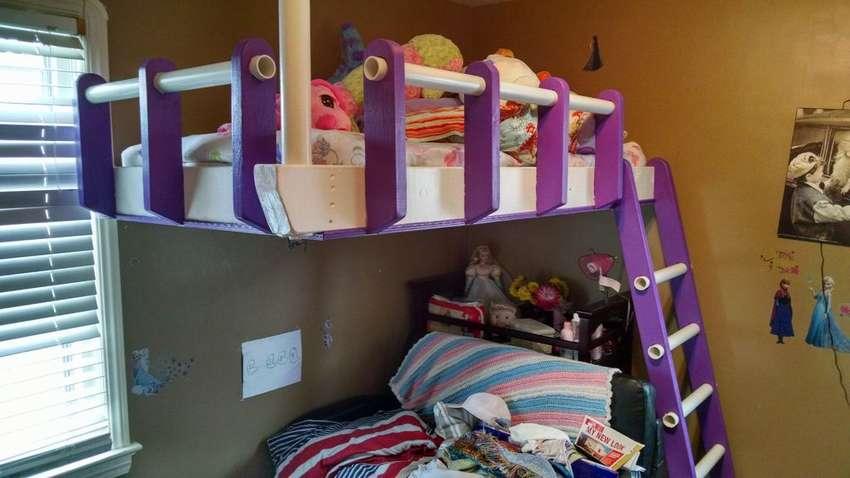 Подвесная кровать: основные характеристики конструкции и советы по размещению кровати