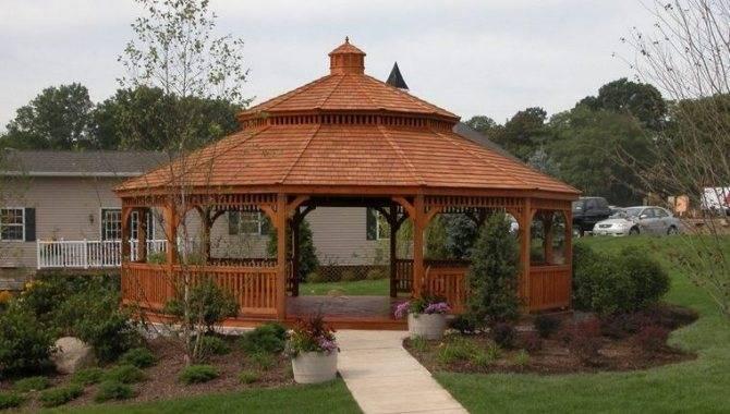Как правильно сделать шатровую крышу дома своими руками?