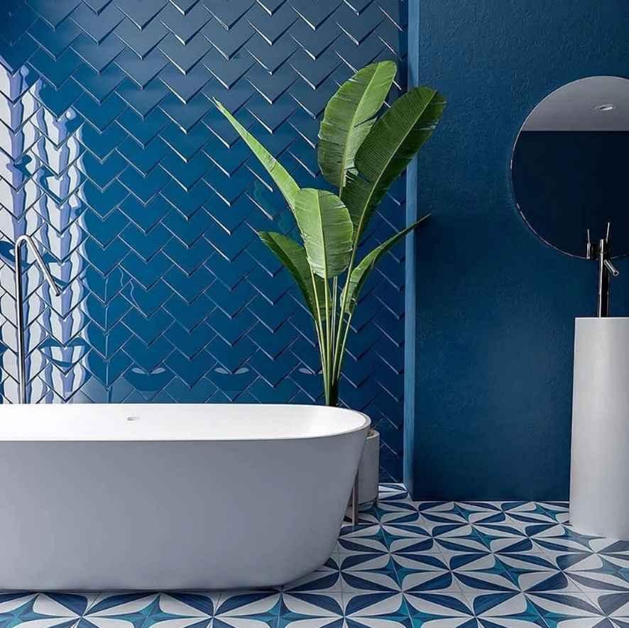 Кафельная плитка для ванной: критерии выбора, варианты дизайна и примеры оптимальных сочетаний (140 фото)