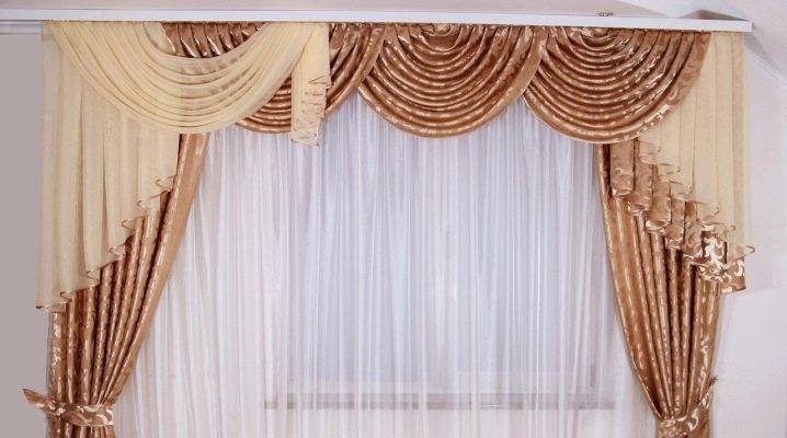 Ламбрекены для зала, стили и дизайн - фото примеров