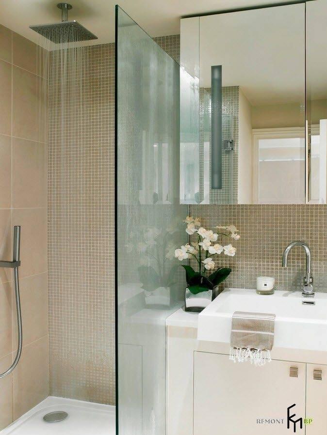 Мозаика и плитка в ванной комнате: дизайн, 26 фото