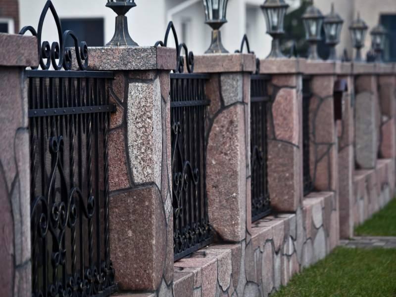 Клумба из камней: пошаговая инструкция как стильно и современно построить каменную клумбу (160 фото)