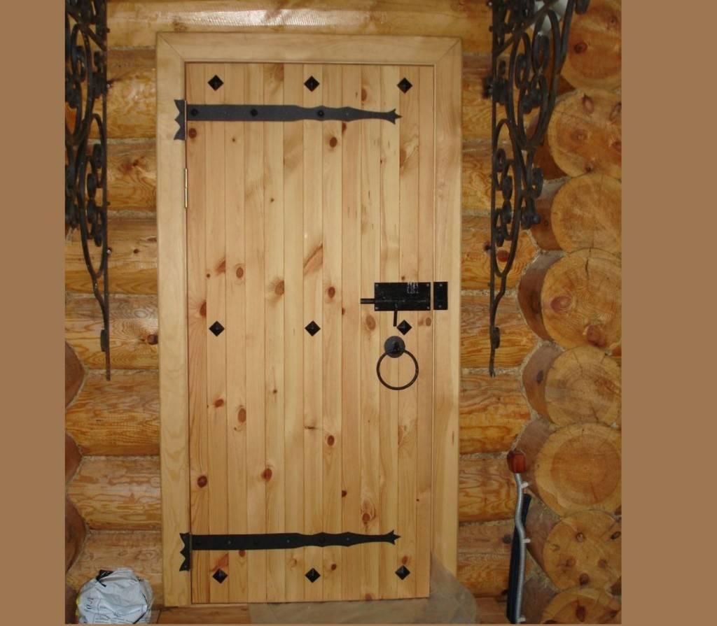 Как правильно изготовить двери из дерева своими руками?