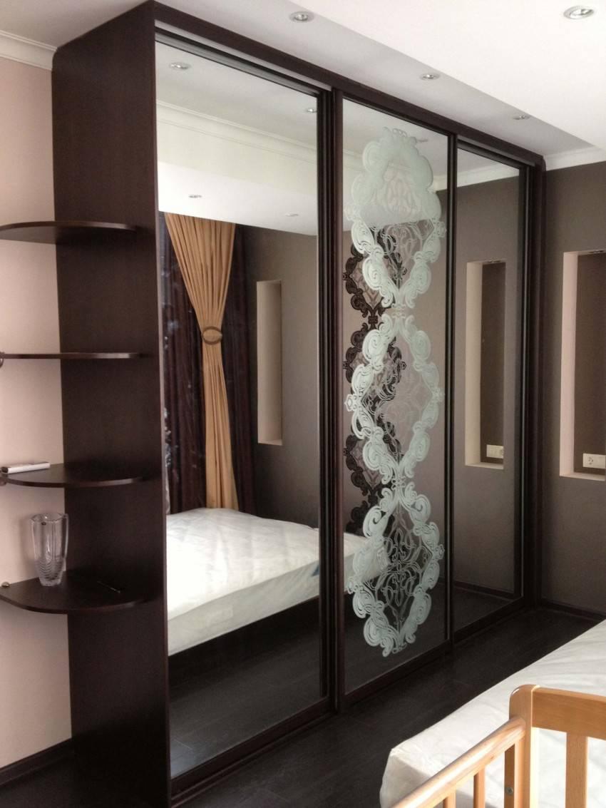 Шкафы-купе: современные дизайнерские решения, модные тренды оформления и особенности установки