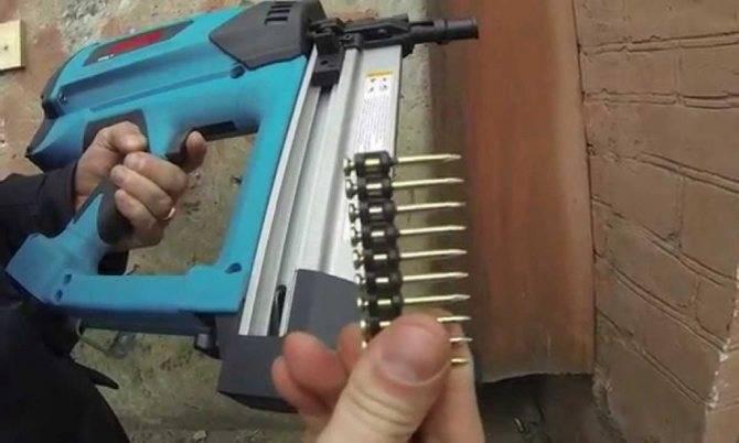 Как пользоваться пистолетом для герметика: заправка и уход за строительным пистолетом