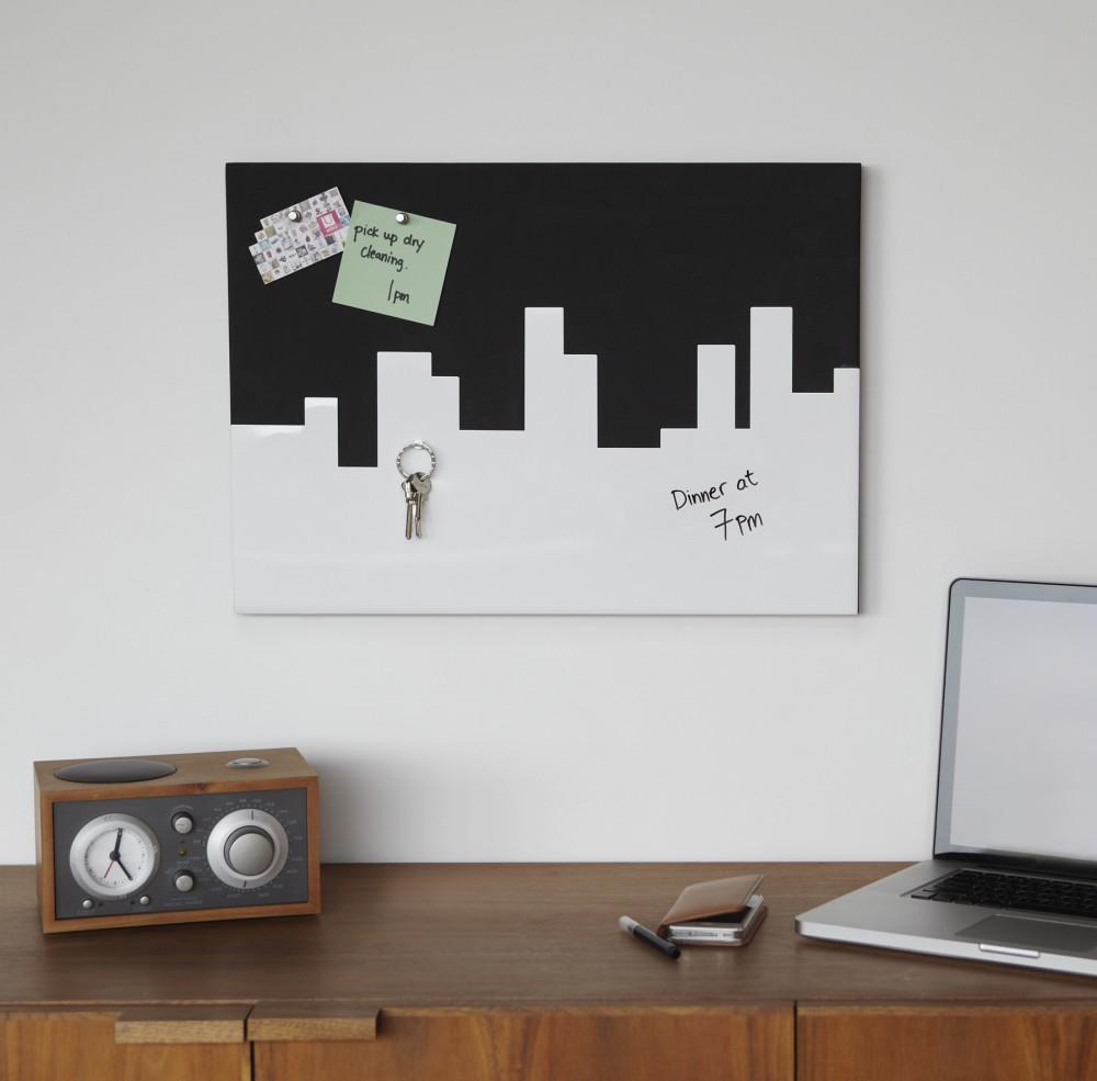 Пробковая доска на стену для заметок: где купить и как сделать своими руками