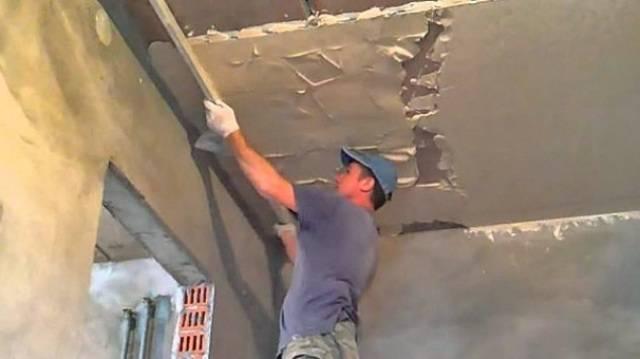 Что лучше на стены гипсокартон или штукатурка чем выровнять и штукатурить неровные стены, можно ли обшить в новостройке гипсокартоном и какую штукатурку выбрать для разных этапов