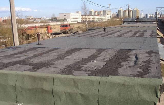 Страховка для работы на крыше для мастера