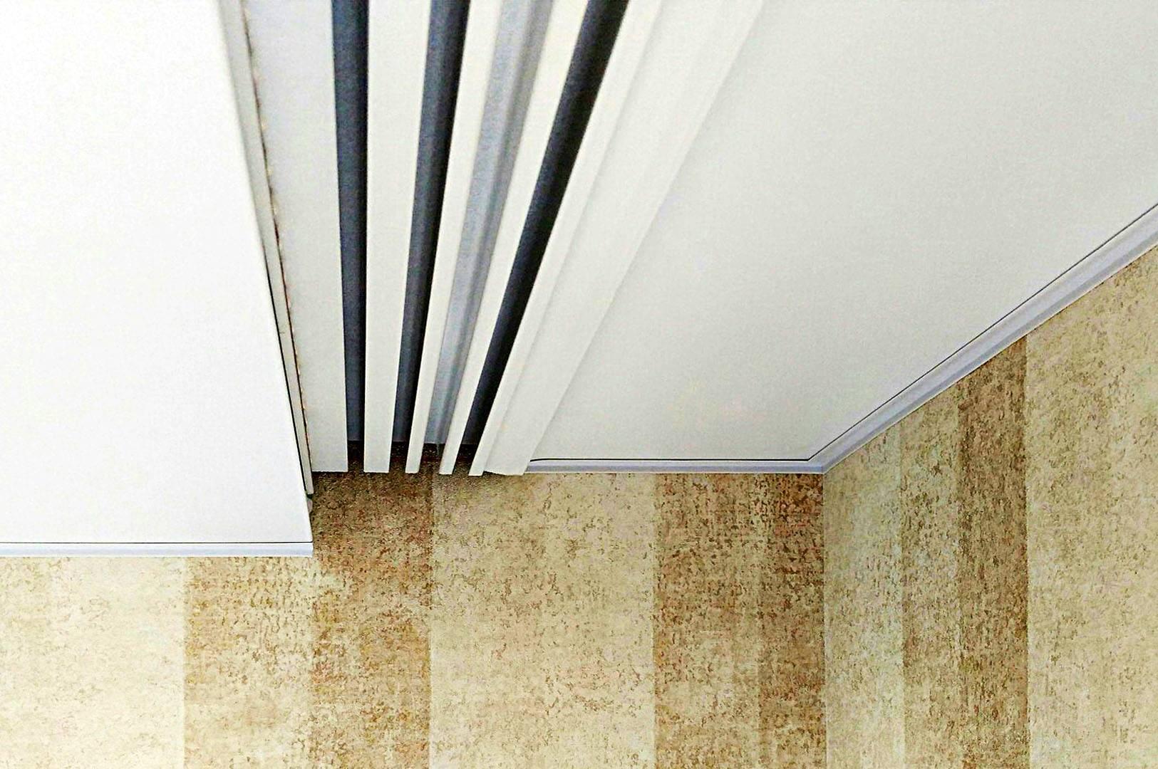 Ниша для штор в натяжном потолке, ее плюсы и минусы, область применения.