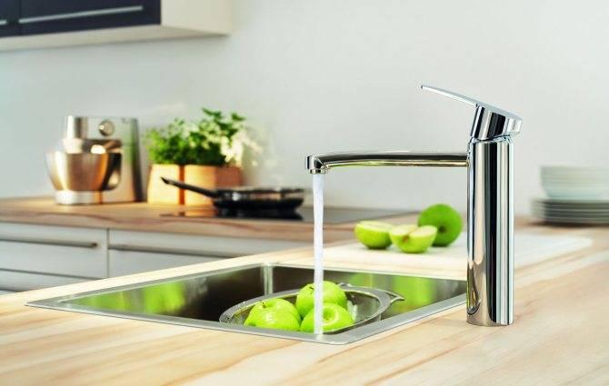 Смеситель на кухню с фильтром для воды: как выбрать и установить