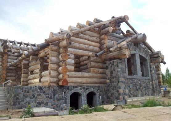 Комбинированные дома из камня и дерева - проекты, фото, преимущества и недостатки