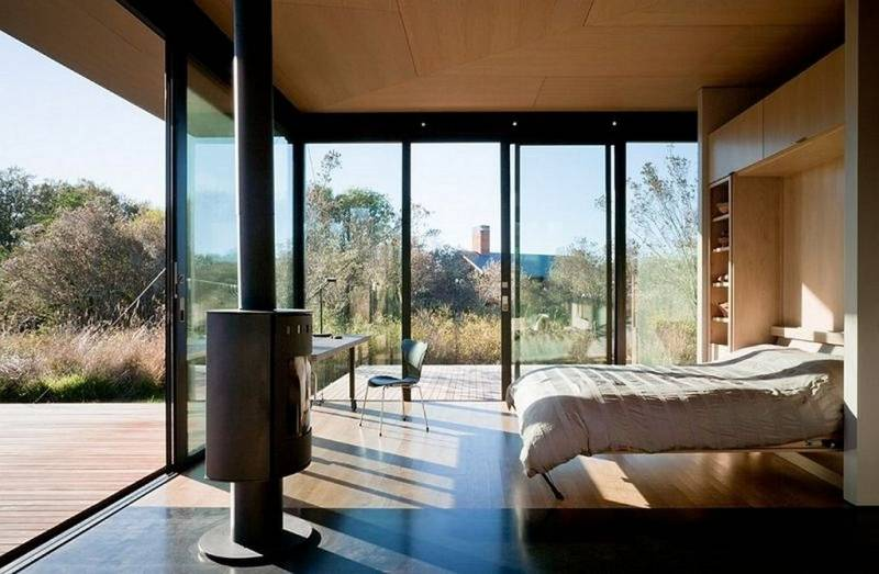 Панорамное остекление балкона плюсы и минусы подробно.