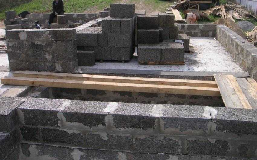 Какие фундаменты лучше для домов из арболитовых блоков